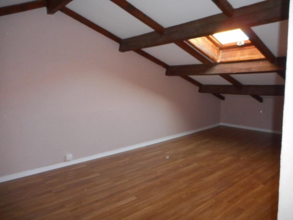 Appartement à louer 2 63.6m2 à Fréjus vignette-7