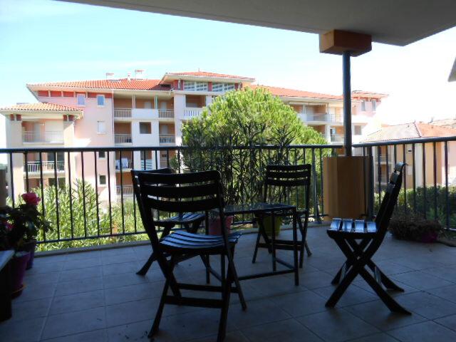 Appartement à louer 3 66.06m2 à Fréjus vignette-4