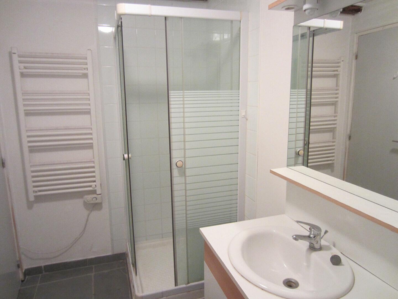 Appartement à louer 2 40m2 à Sisteron vignette-5