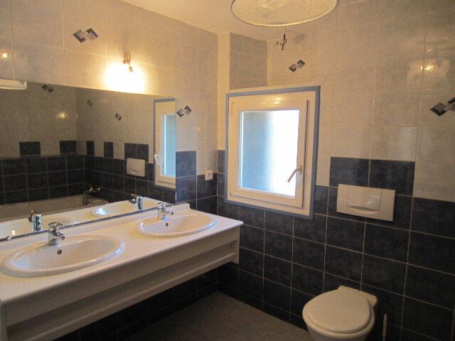 Maison à louer 6 128m2 à Valernes vignette-5
