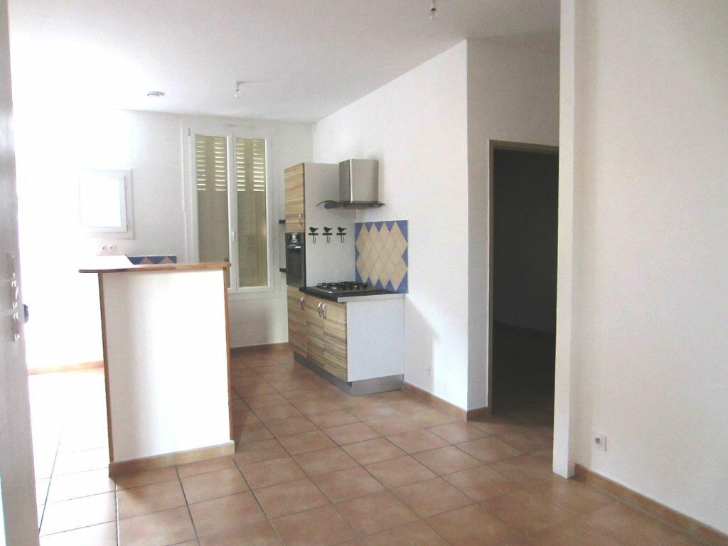 Appartement à louer 2 50m2 à Sisteron vignette-1