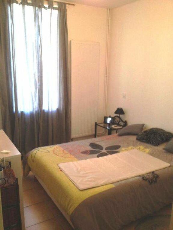 Appartement à louer 2 50m2 à Sisteron vignette-5