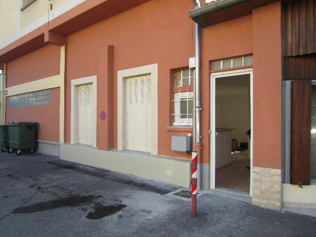 Appartement à louer 2 50m2 à Sisteron vignette-7