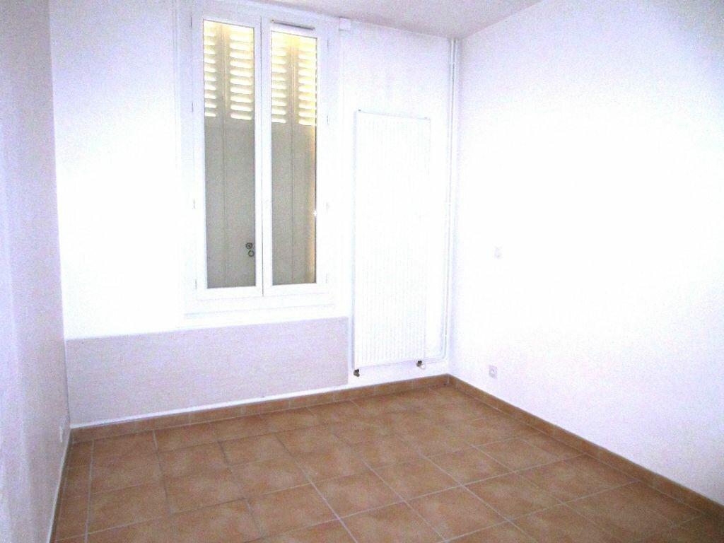 Appartement à louer 2 50m2 à Sisteron vignette-9