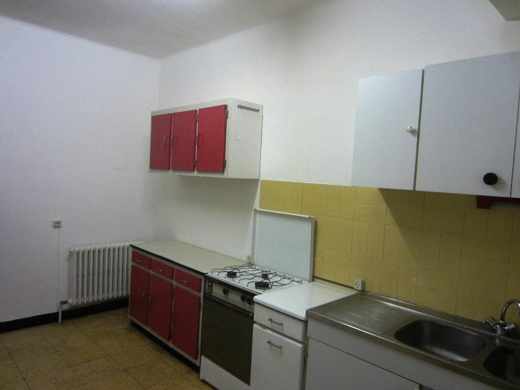 Appartement à louer 4 70m2 à Sisteron vignette-2