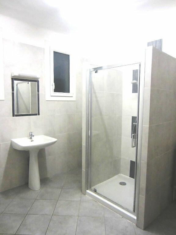 Appartement à louer 4 70m2 à Sisteron vignette-3