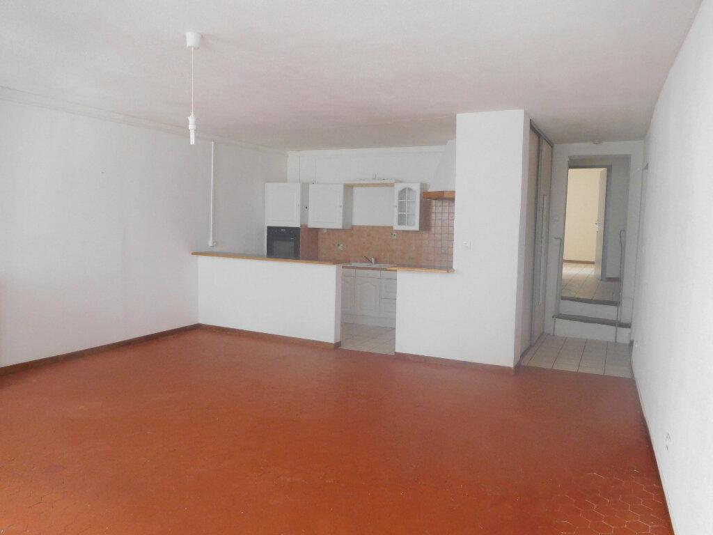 Appartement à louer 2 75m2 à Sisteron vignette-1