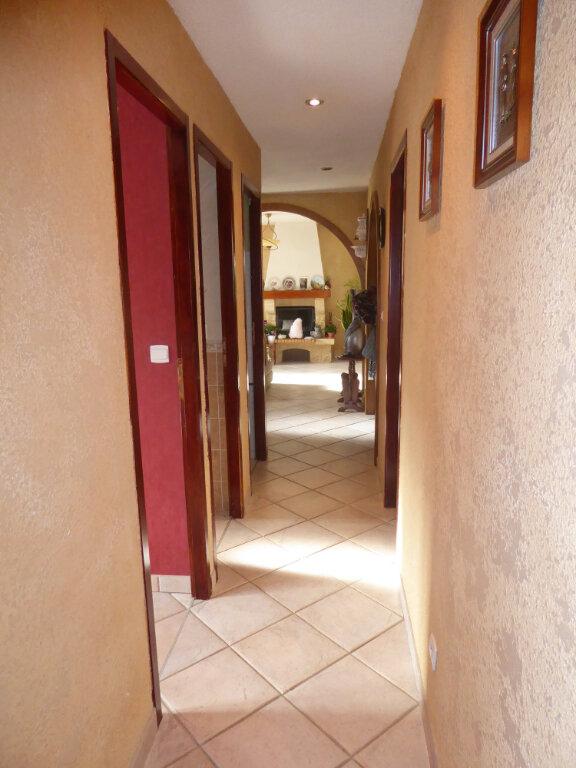 Maison à vendre 4 102m2 à Laragne-Montéglin vignette-8