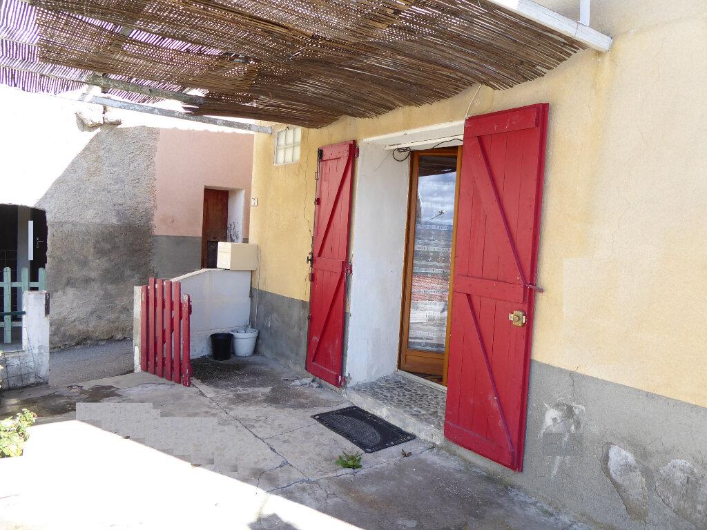 Maison à louer 3 55m2 à Claret vignette-1