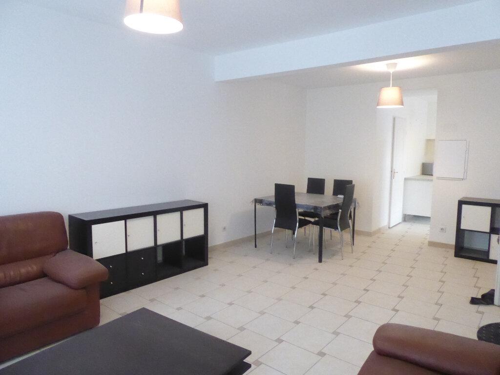 Appartement à louer 2 55m2 à Sisteron vignette-3