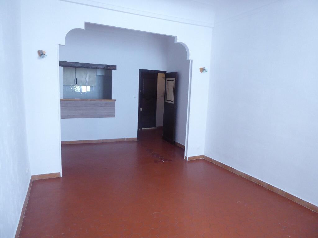 Appartement à louer 2 43m2 à Sisteron vignette-2