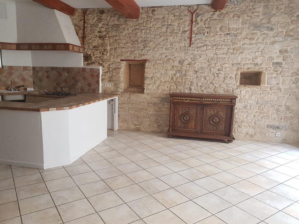 Appartement à louer 2 53.77m2 à Nîmes vignette-1