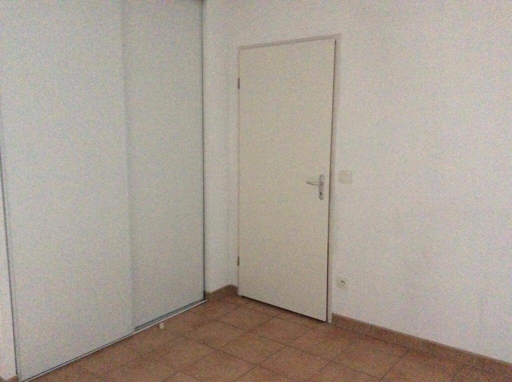 Appartement à louer 2 48.38m2 à Nîmes vignette-5