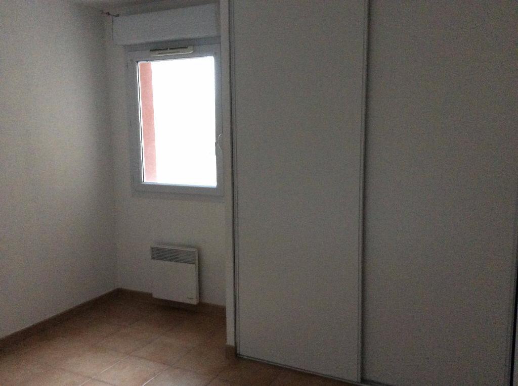 Appartement à louer 2 48.38m2 à Nîmes vignette-6