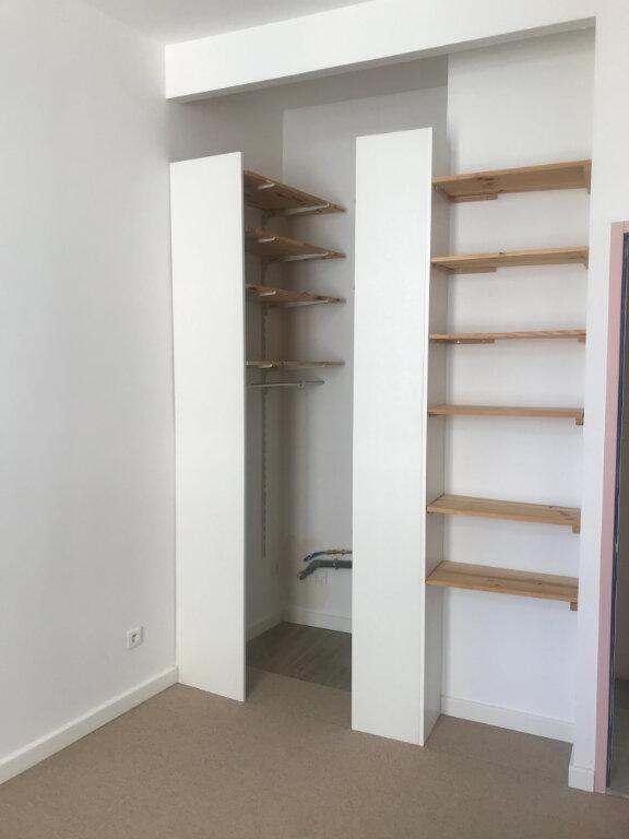Appartement à louer 2 56.94m2 à Nîmes vignette-6