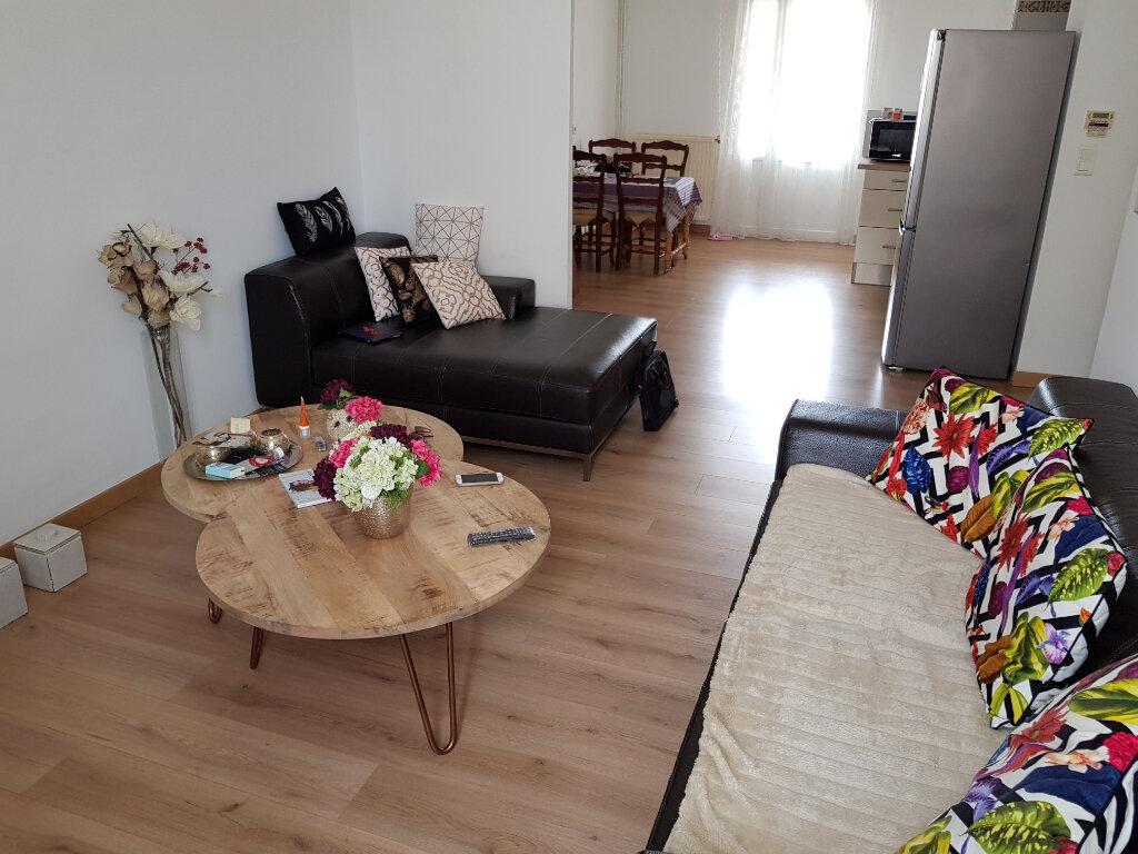 Appartement à vendre 4 75m2 à Nîmes vignette-1