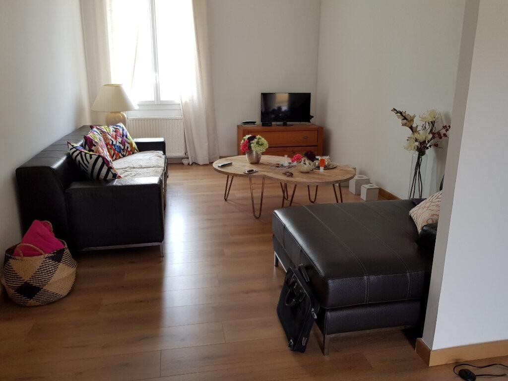 Appartement à vendre 4 75m2 à Nîmes vignette-2