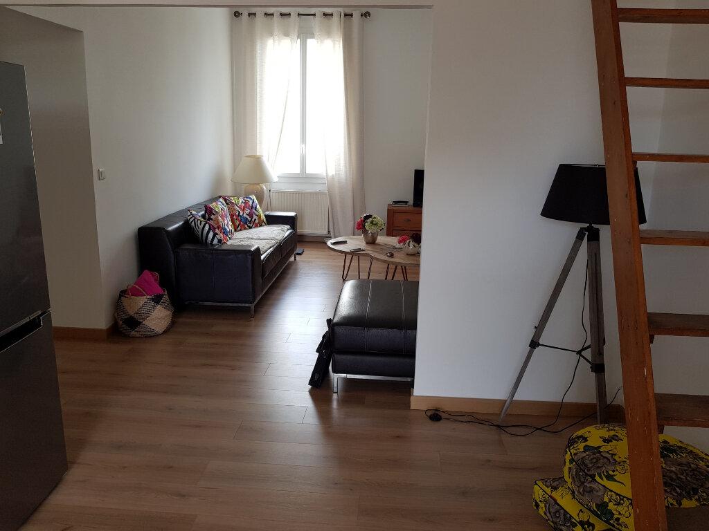 Appartement à vendre 4 75m2 à Nîmes vignette-3