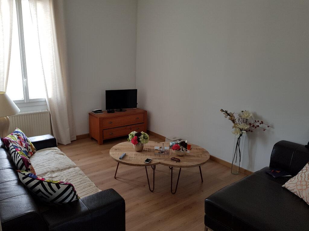 Appartement à vendre 4 75m2 à Nîmes vignette-4