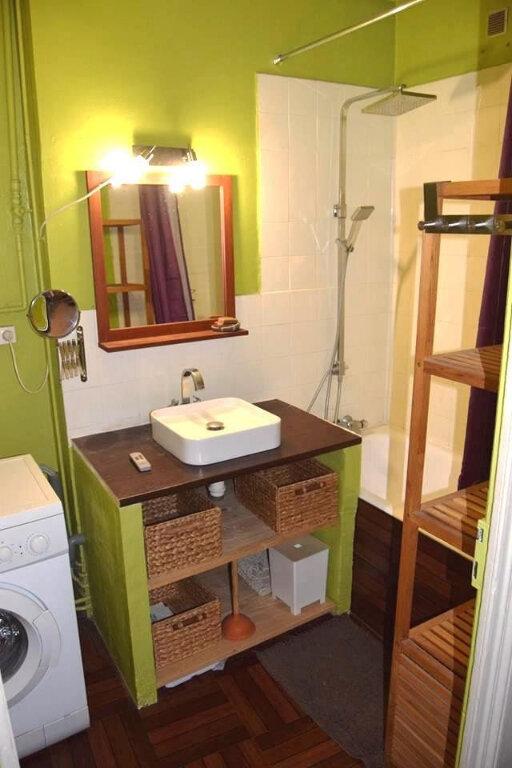 Appartement à louer 3 62m2 à Nîmes vignette-2