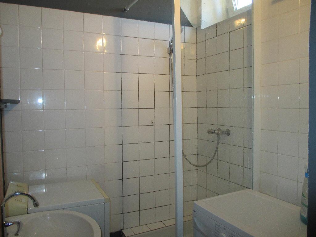 Appartement à louer 2 43.5m2 à Nîmes vignette-6