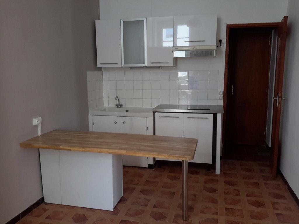 Appartement à louer 2 43.5m2 à Nîmes vignette-7