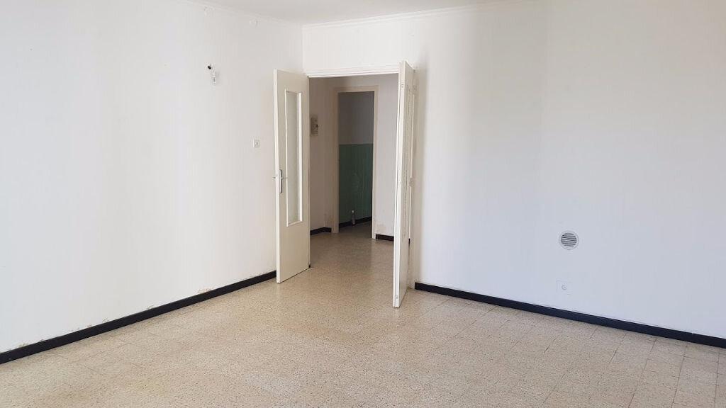 Appartement à vendre 3 59m2 à Nîmes vignette-1