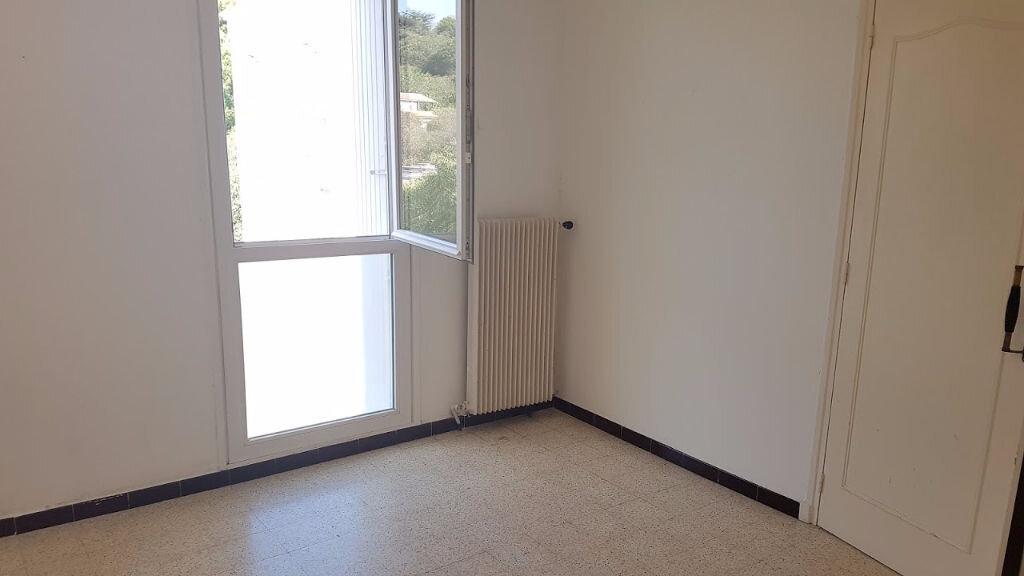 Appartement à vendre 3 59m2 à Nîmes vignette-2