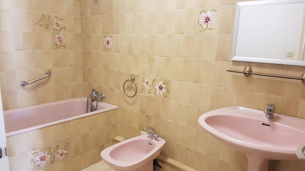 Appartement à vendre 3 59m2 à Nîmes vignette-3