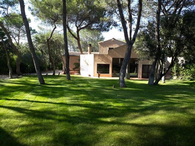 Maison à vendre 10 342m2 à Nîmes vignette-1