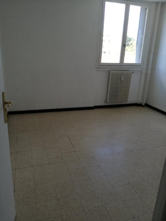 Appartement à louer 3 60m2 à Nîmes vignette-8