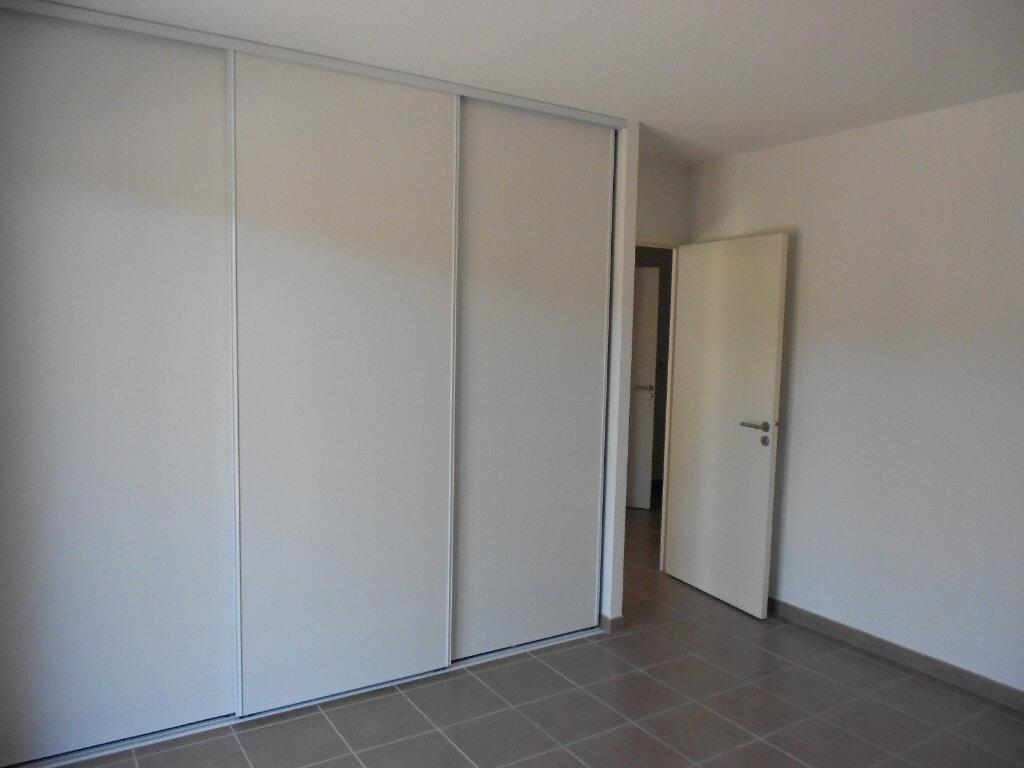 Appartement à louer 3 59m2 à Nîmes vignette-4