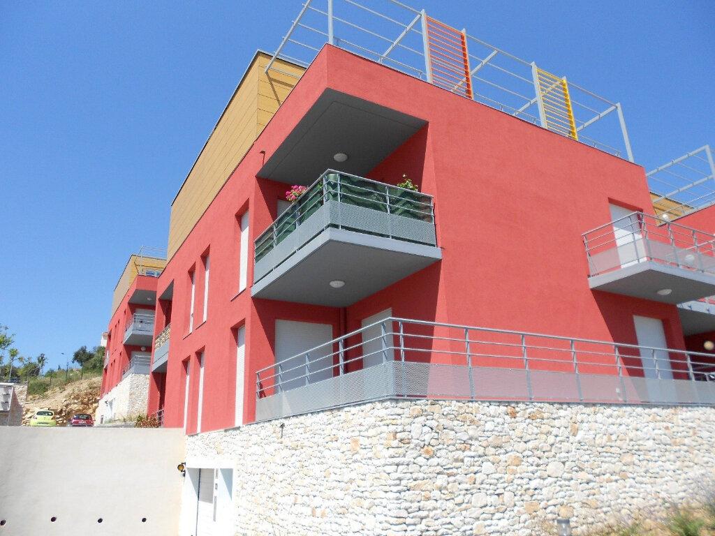 Appartement à louer 3 59m2 à Nîmes vignette-7