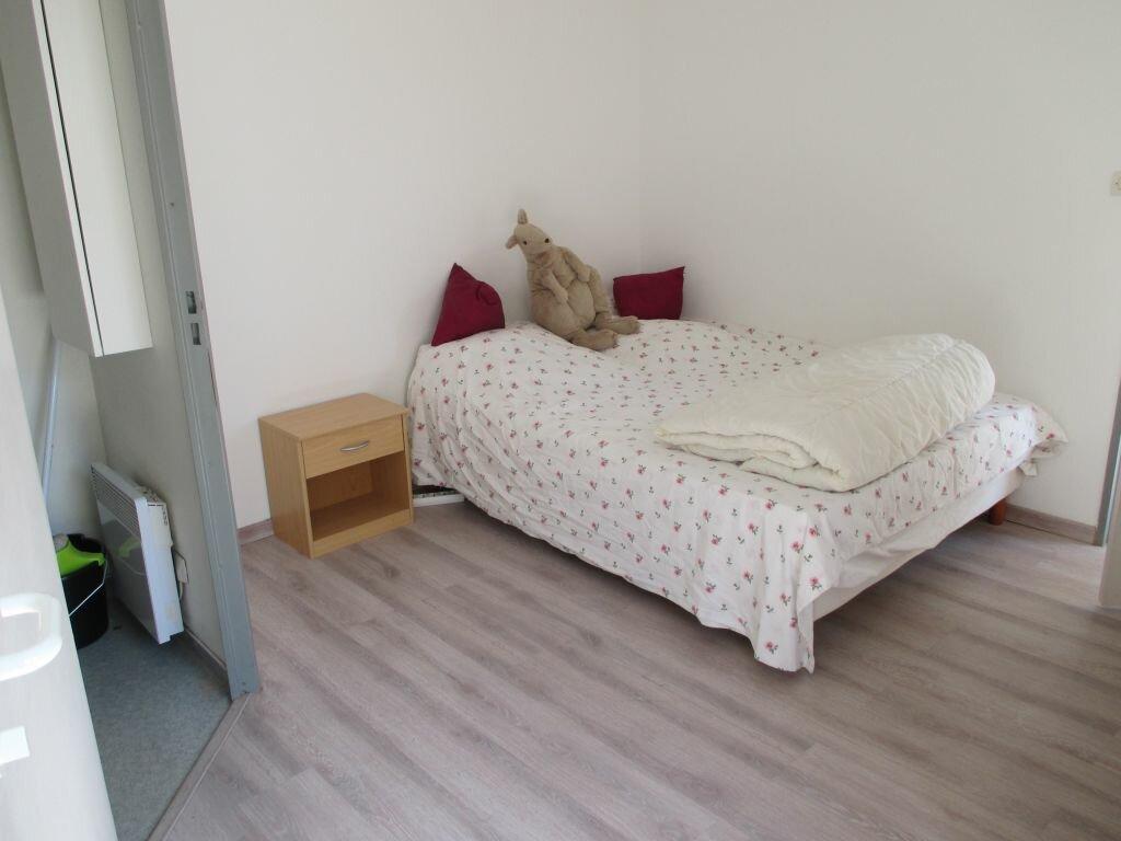 Appartement à louer 2 40m2 à Nîmes vignette-8