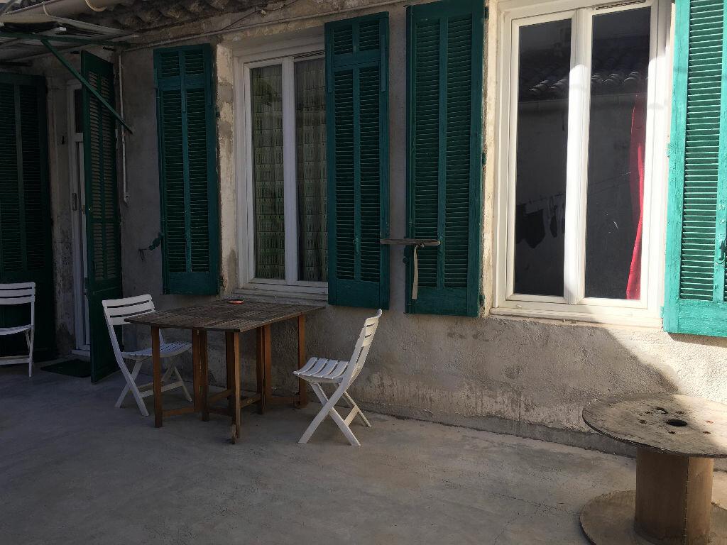 Appartement à louer 2 45m2 à Nîmes vignette-6