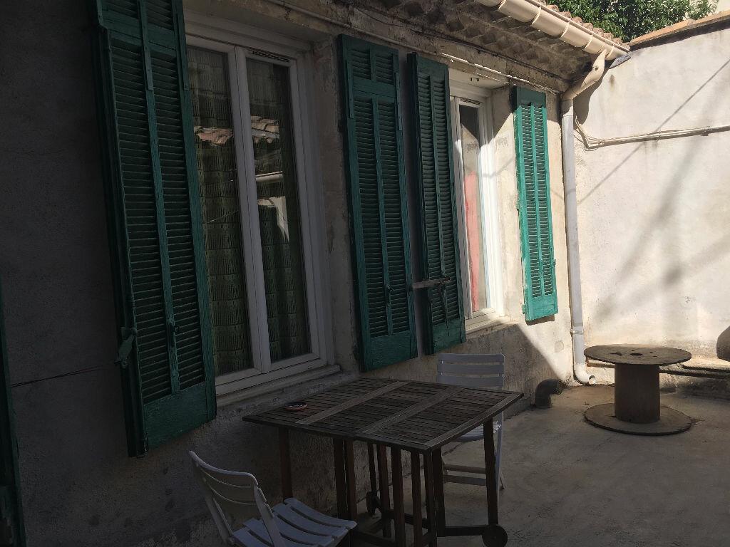 Appartement à louer 2 45m2 à Nîmes vignette-7