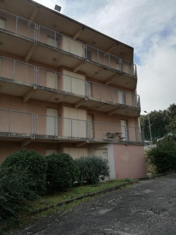 Appartement à louer 1 13m2 à Nîmes vignette-5