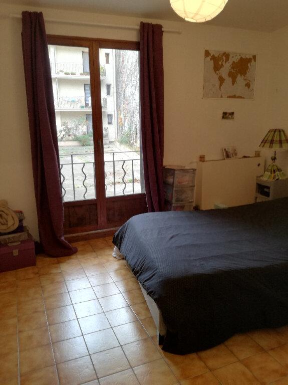 Appartement à louer 2 60.42m2 à Nîmes vignette-4