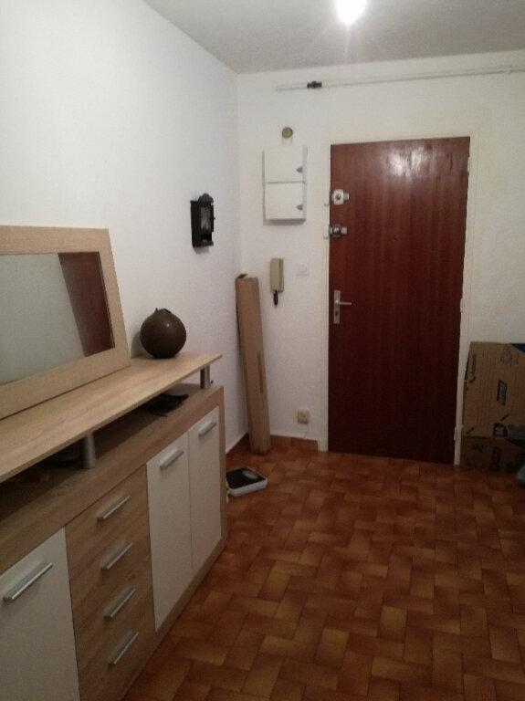 Appartement à louer 2 60.42m2 à Nîmes vignette-5