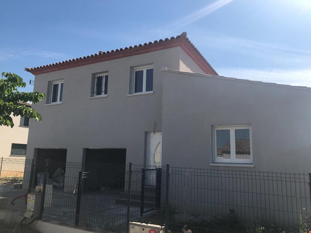 Maison à louer 3 69m2 à Vauvert vignette-1