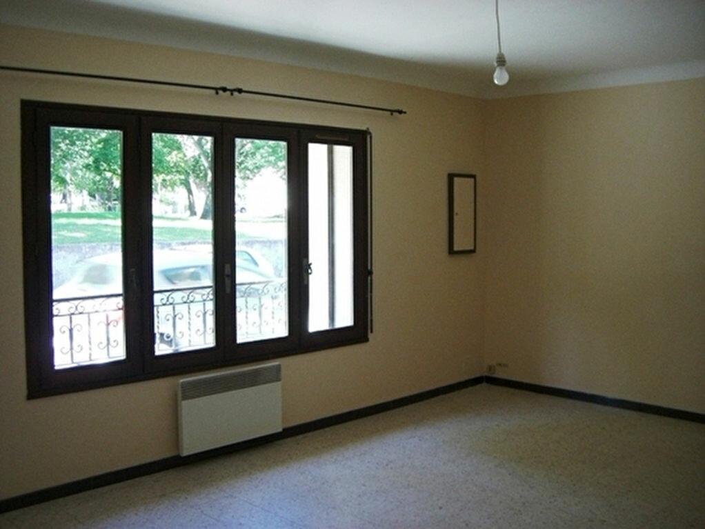 Maison à louer 4 78m2 à Bouillargues vignette-4