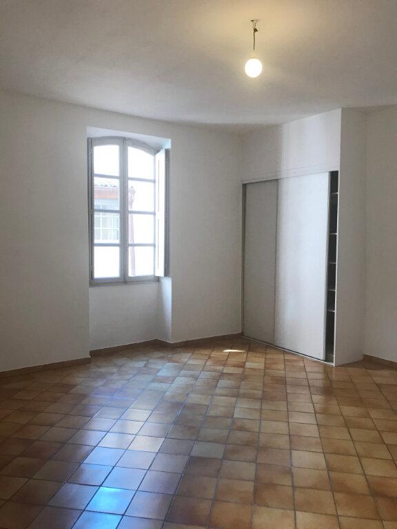 Appartement à louer 2 68m2 à Nîmes vignette-5