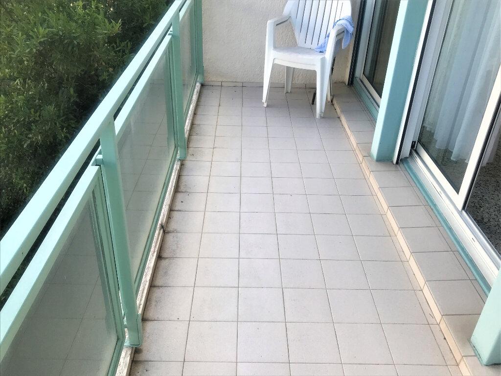 Appartement à louer 4 89.65m2 à Nîmes vignette-10