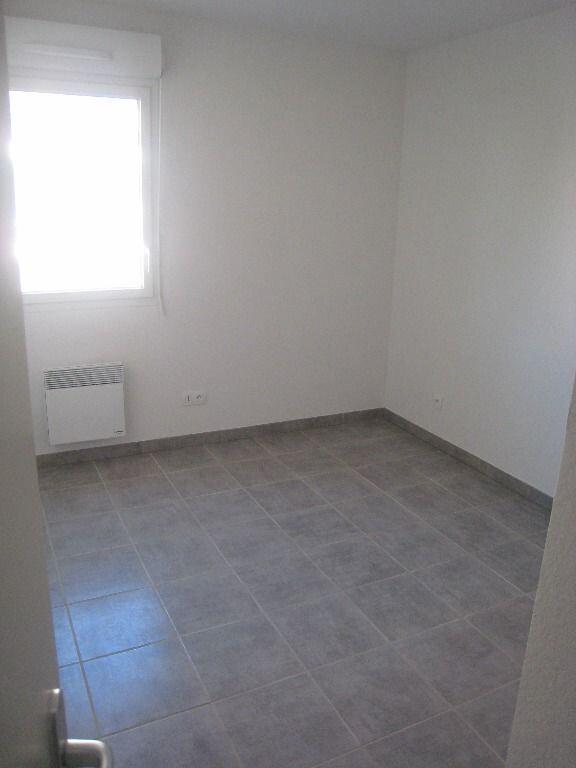 Appartement à louer 3 56m2 à Nîmes vignette-5