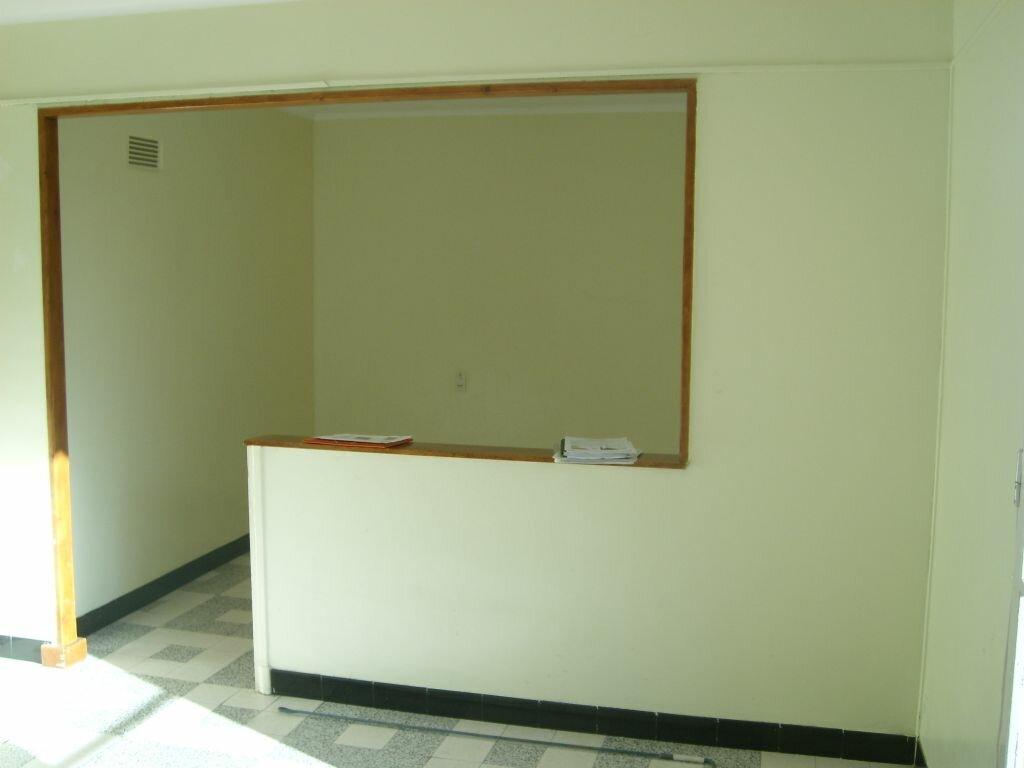 Appartement à louer 4 67m2 à Nîmes vignette-2