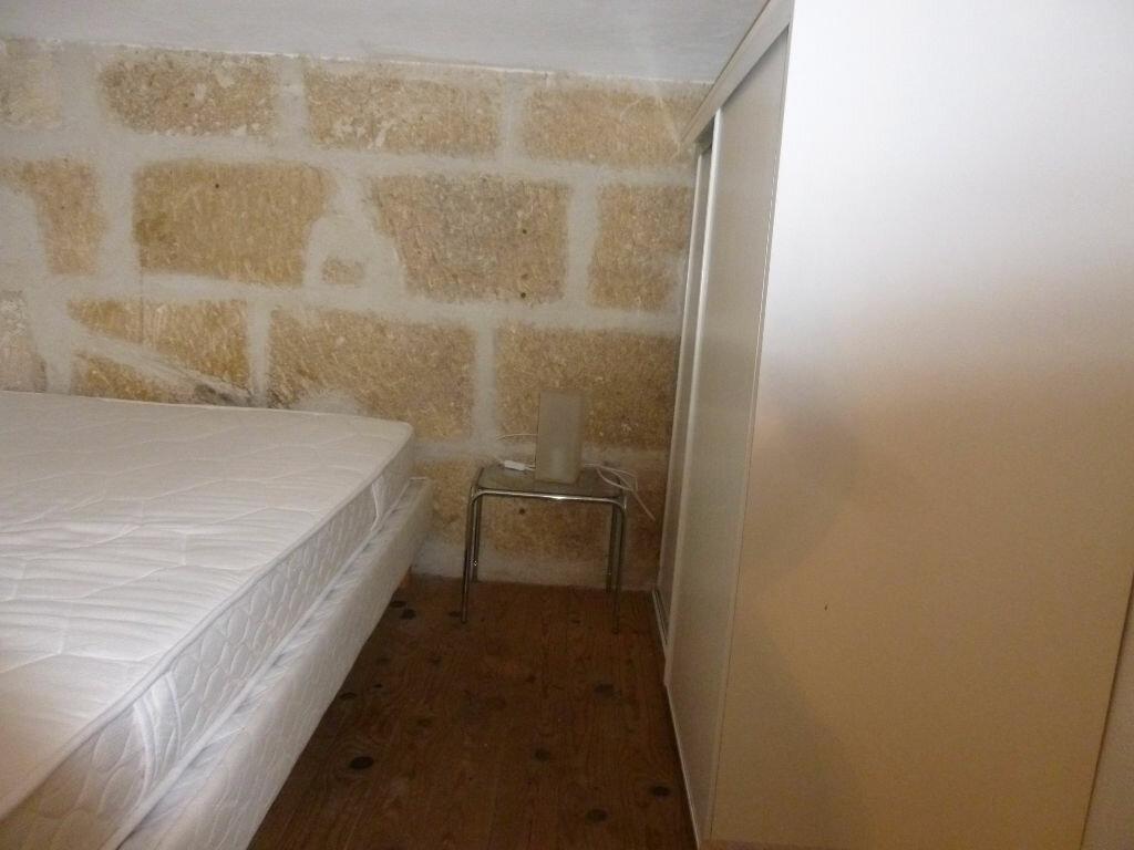 Appartement à louer 1 20m2 à Nîmes vignette-5