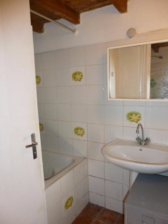 Appartement à louer 1 20m2 à Nîmes vignette-7
