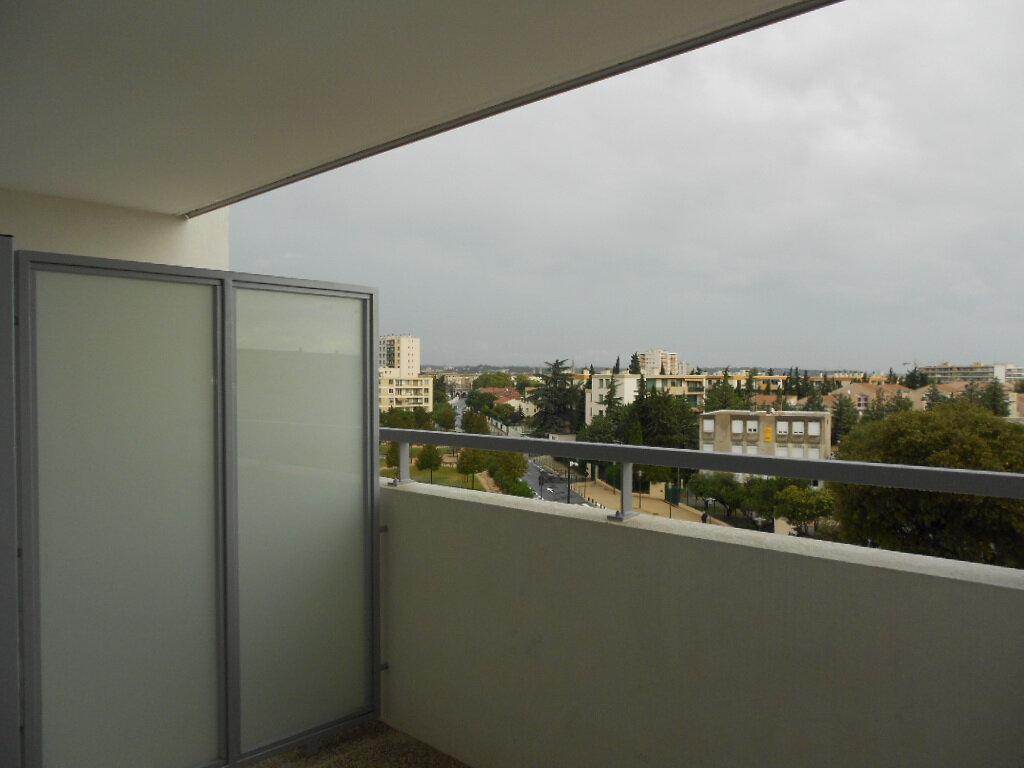 Appartement à louer 2 40m2 à Nîmes vignette-6