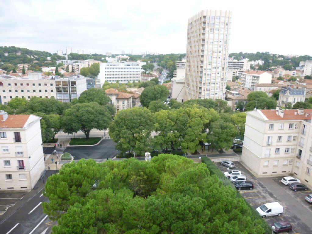 Appartement à louer 2 66m2 à Nîmes vignette-3
