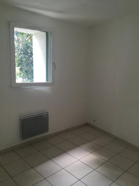 Appartement à louer 4 74m2 à Boucoiran-et-Nozières vignette-6